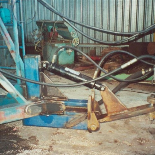 toe hitch assembly side view